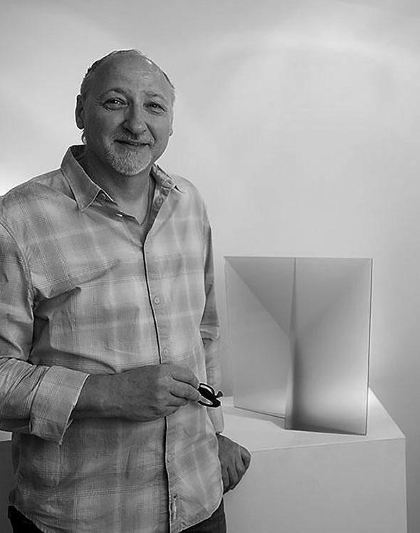 Martin Rosol at Schantz Galleries, photo by Lisa Vollmer