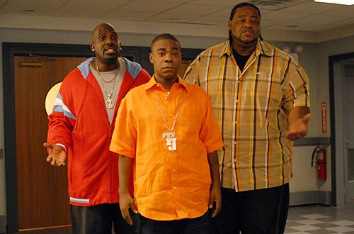 30 ROCK -- Episode 210 -- Pictured: (l-r) Kevin Brown as Dotcom, Tracy Morgan as Tracy Jordan, Grizz Chapman as Grizz |  Courtesy of Nicole Rivelli/NBC/NBCU Photo Bank via Getty Images