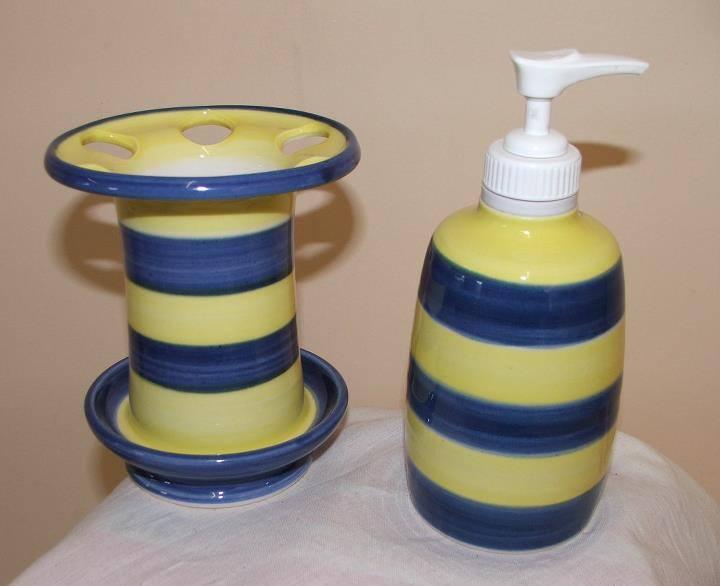 burnay pottery 2.jpg