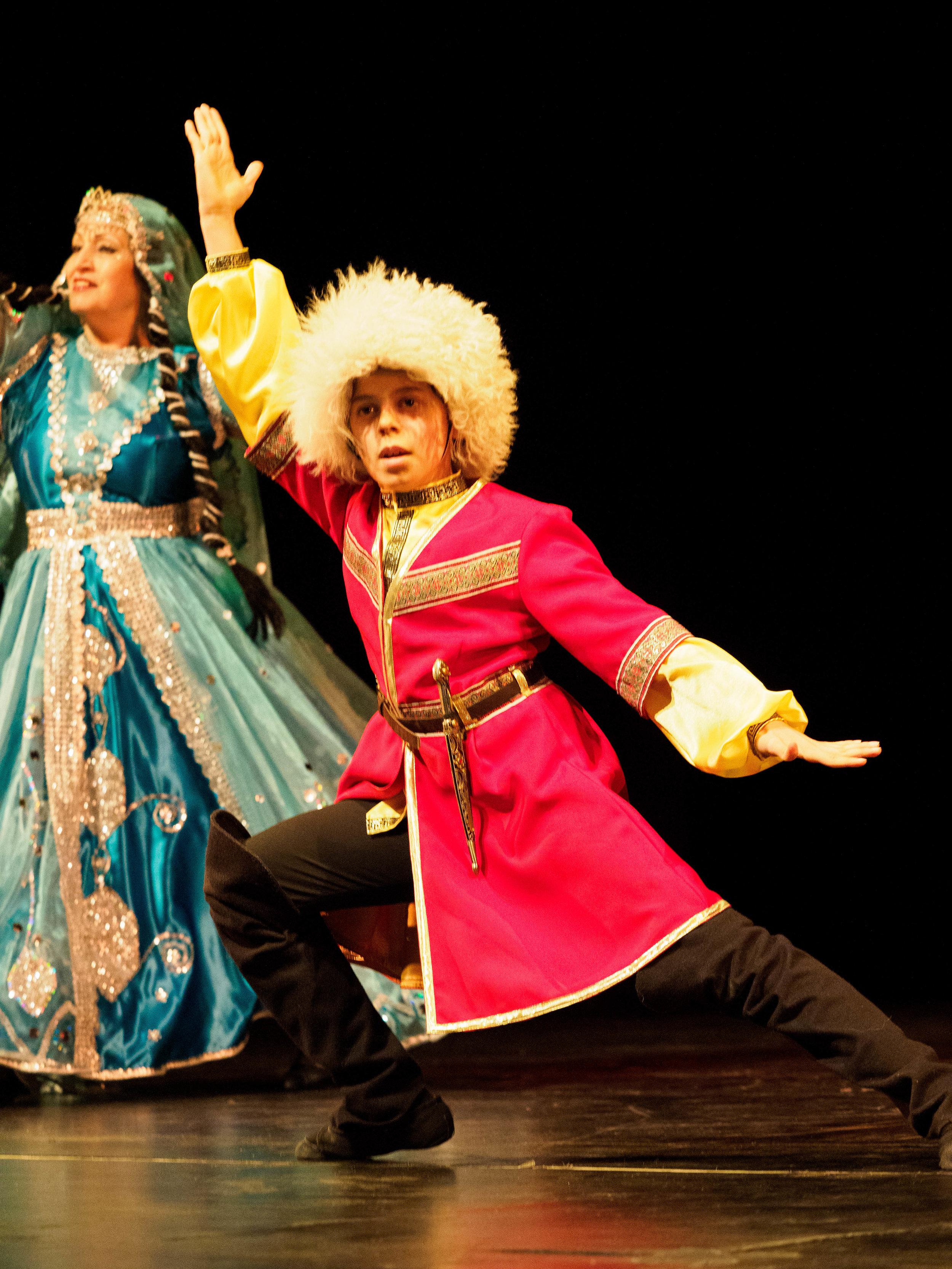 AZERI DANCE 1 (2).jpg