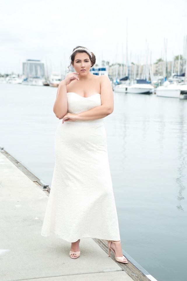 vollkommenbraut-curvy-mermaid-brautmode-accessoires-plus-size-brautkleider-abendkleid-hamburg-watters-wtoo-bridesmaid-brautjungfer.jpg