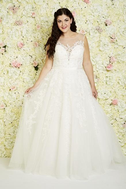 vollkommenbraut-callista-bridal-plus-size-brautkleid-xl-xxl-grosse-groessen-prinzessin-las-vegas (1).jpg