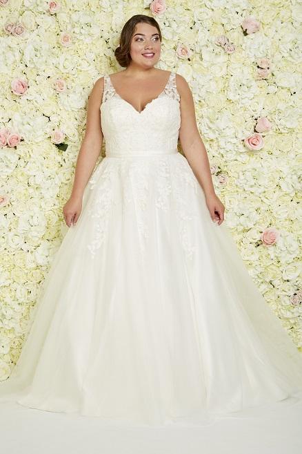 vollkommenbraut-callista-bridal-plus-size-brautkleid-xl-xxl-grosse-groessen-prinzessin-los-angeles.jpg