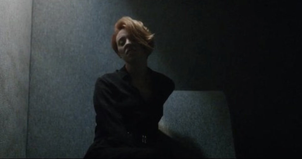"LA ROUX WEARS   COMME DES GARÇONS ARCHIVE AT HOL    WATCH ""Let Me Down"" VIDEO    here"