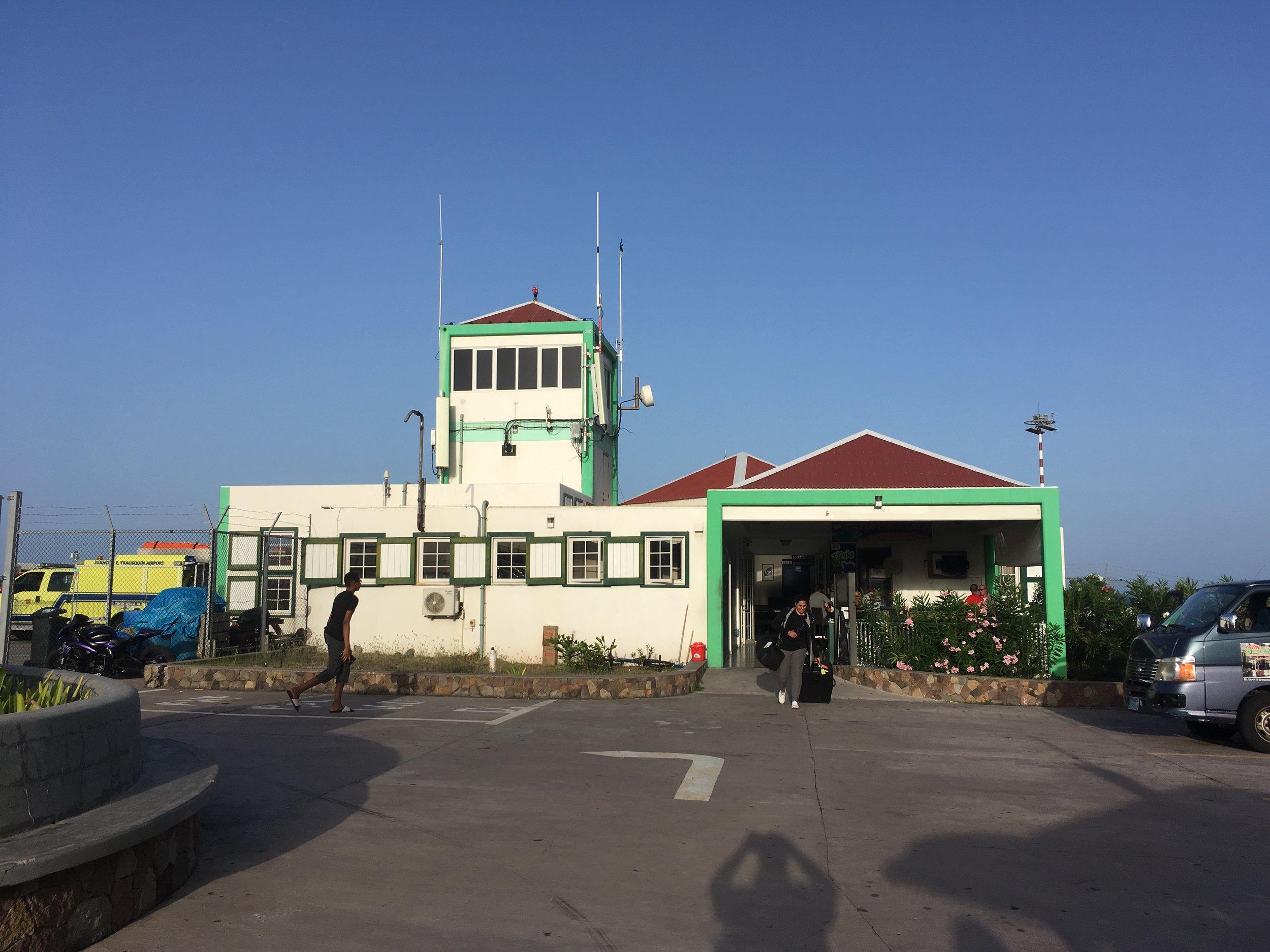 Juancho E. Yrausquin airport.