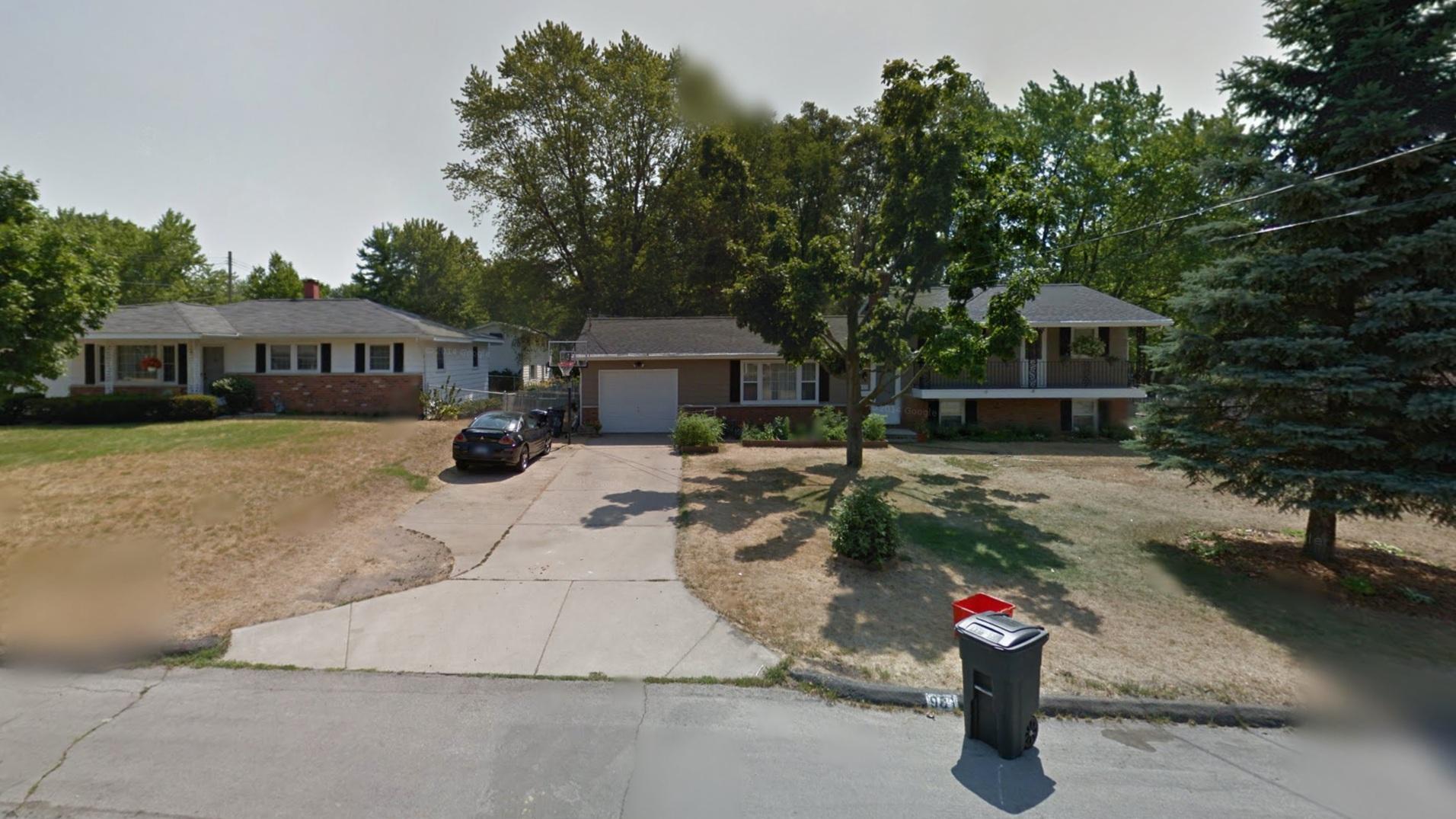 1961–1966  981 Meadow Drive, Battle Creek, Michigan
