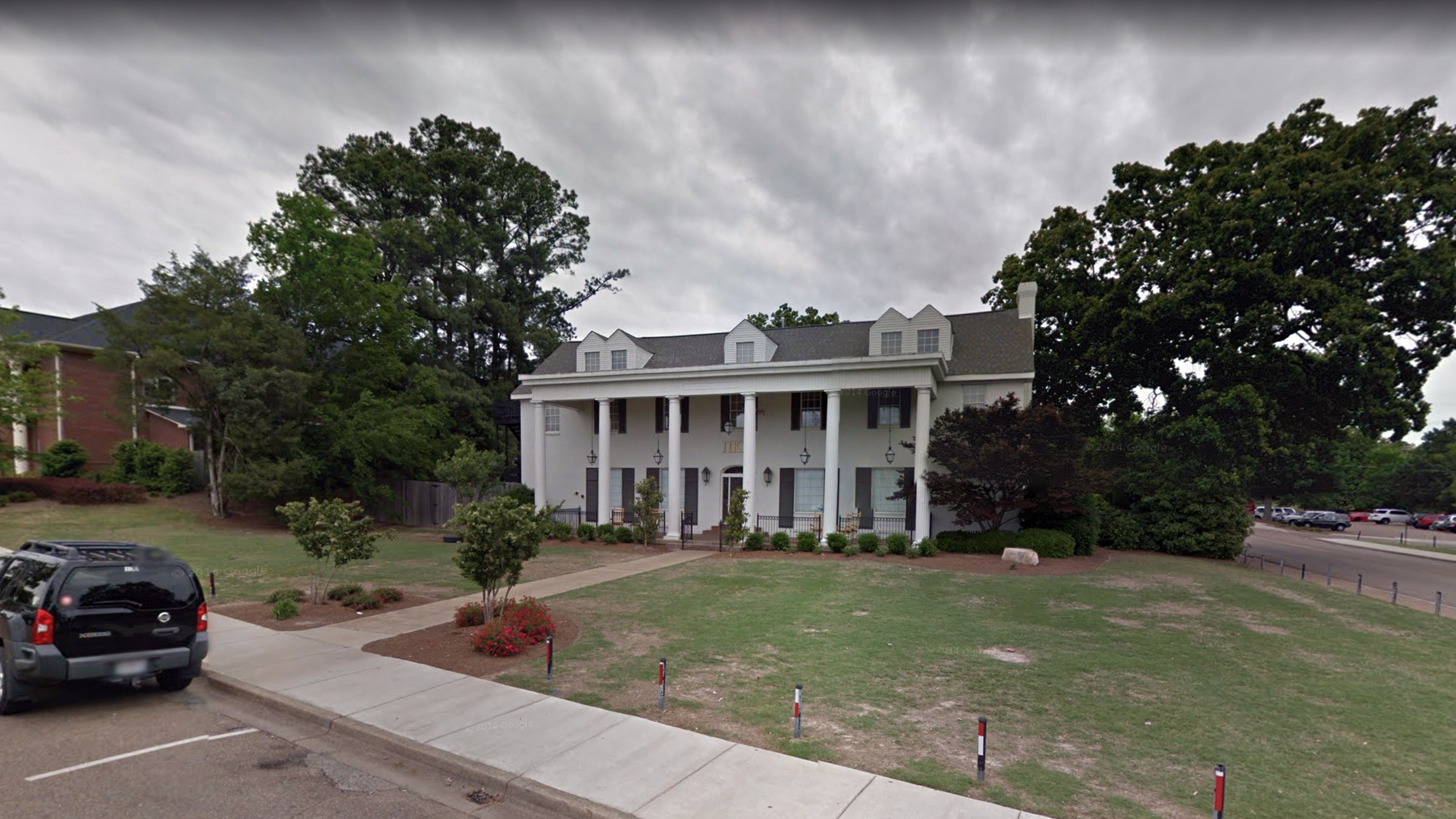 1982–1984  The Pi Kappa Alpha fraternity house, Ole Miss, Oxford, Mississippi