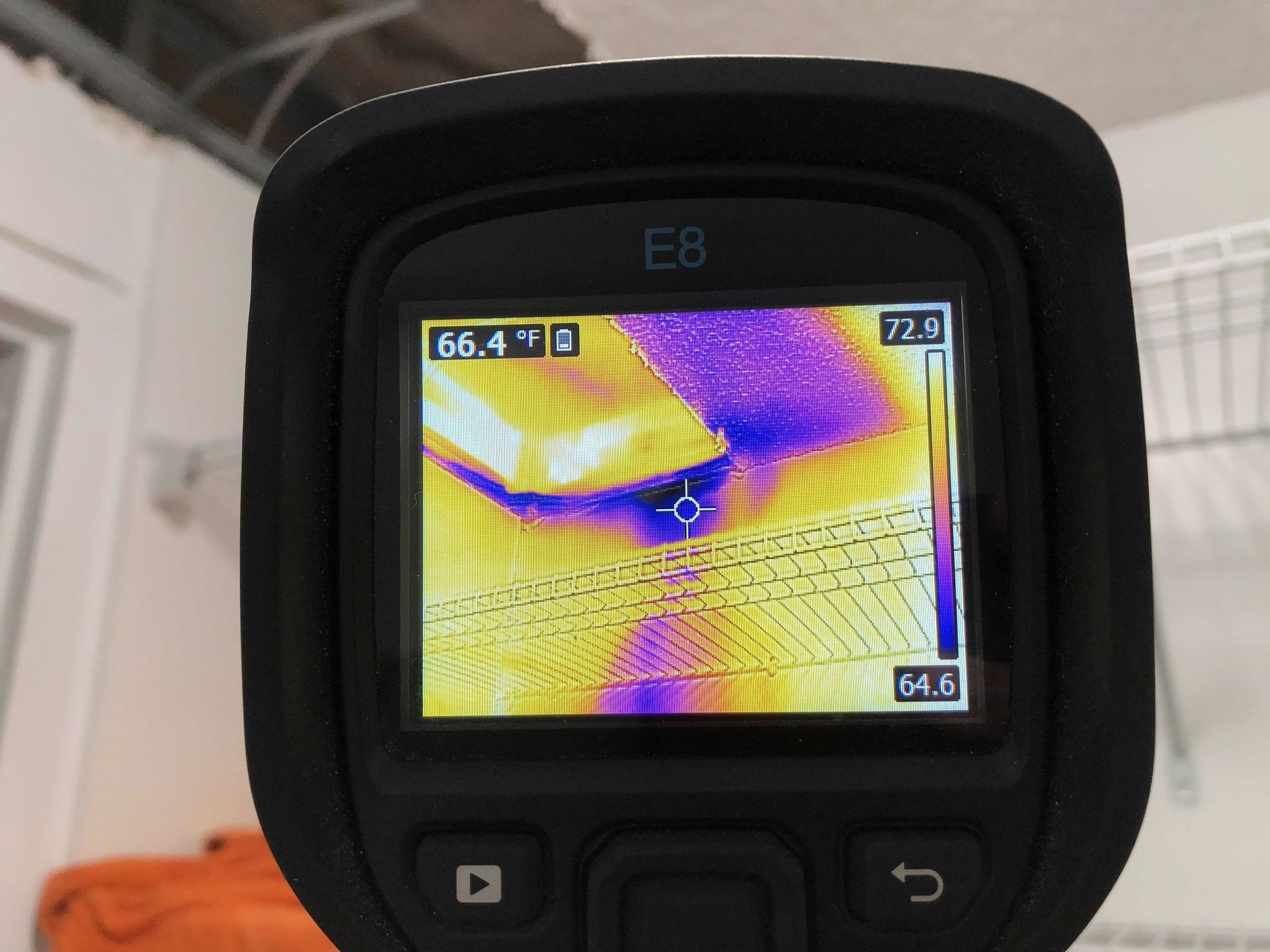 Thermal camera showing water leak from above