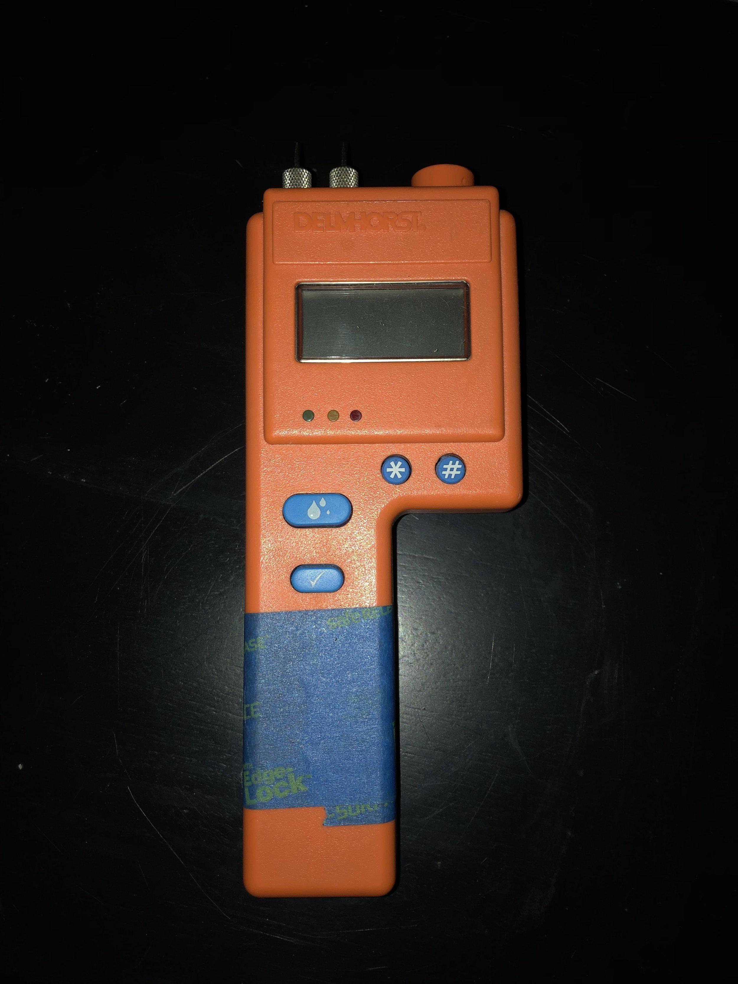 delmhorst-bd-2100-moisture-meter.jpg