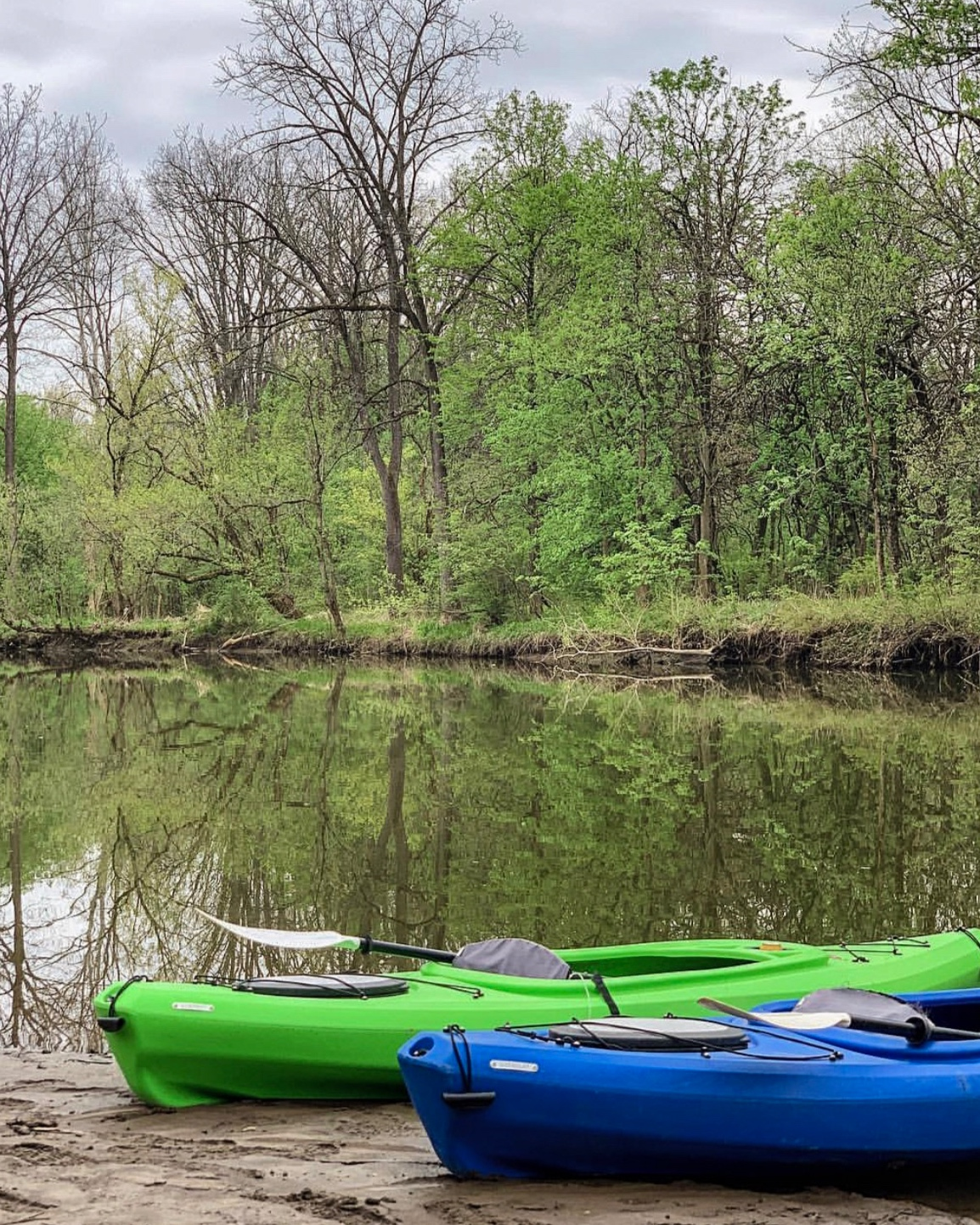 Alum Creek is a beautiful lake, with rivers, and coves to explore with the power of the paddle. -