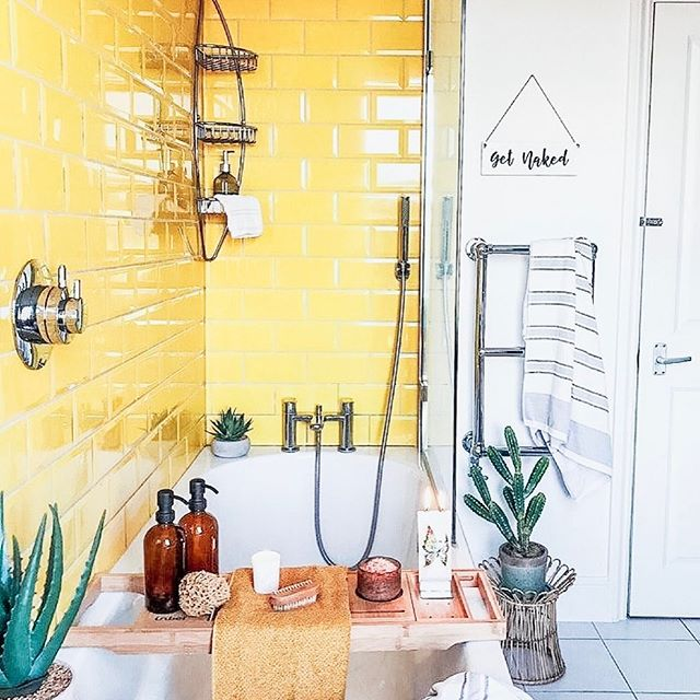 In design school my first project ever I was assigned pineapple yellow as my color. I've been obsessed with yellow in interiors ever since. Who is daring enough for some yellow subway tiles!? . . . . #neutralhome #interiors123 #dailydecordetail #myserie7 #thenewbohemians #mydecorvibe #howyouhome #apartmenttherapy #oneroomchallenge #kismetcheckoutmyhouse #luxeathome #interiordesign #interiordecor #home #homestyle #homedesign #interiors #interiorstyling #homeinspo #homesohard #mycovetedhome #peepmyhome #pocketofmyhome #showmeyourstyled #howwedwell #makehomeyours #lovetohome #myhomevibe #mydomaine #currenthomeview