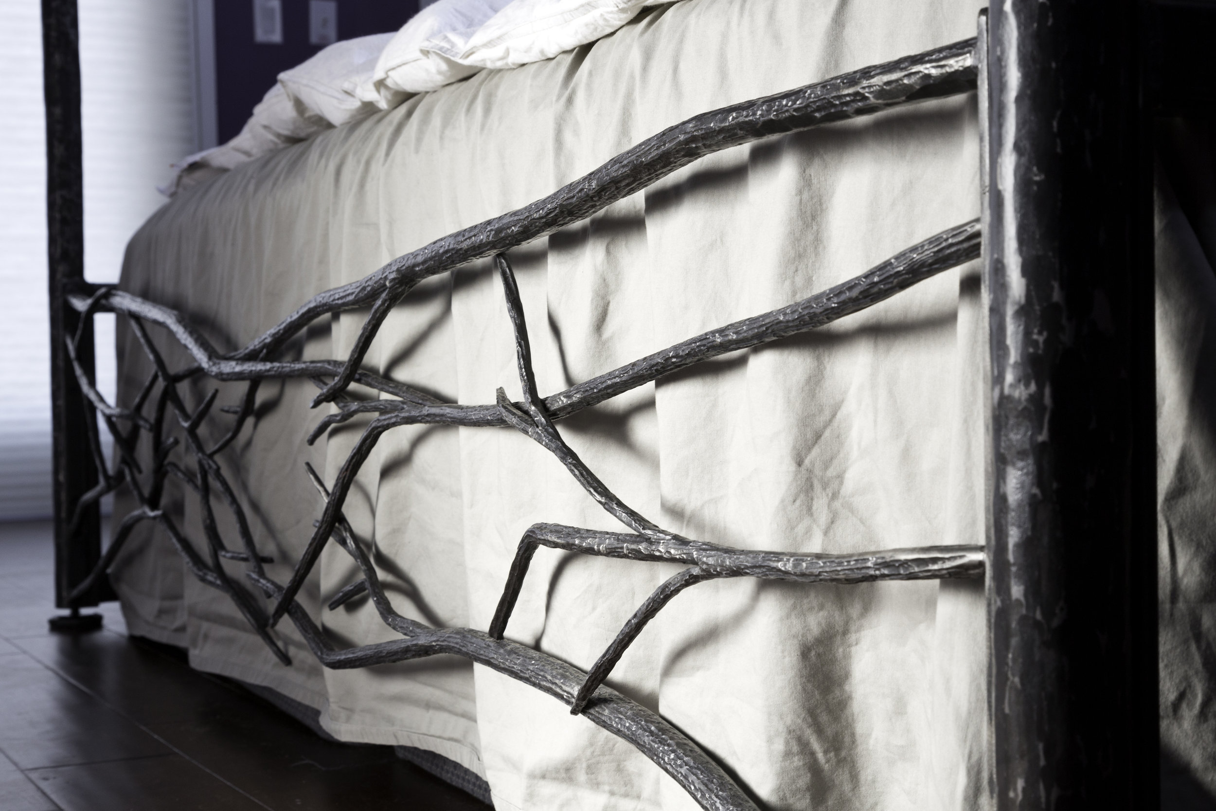 FORGED BED FRAME WITH CANOPY (detail of footboard)