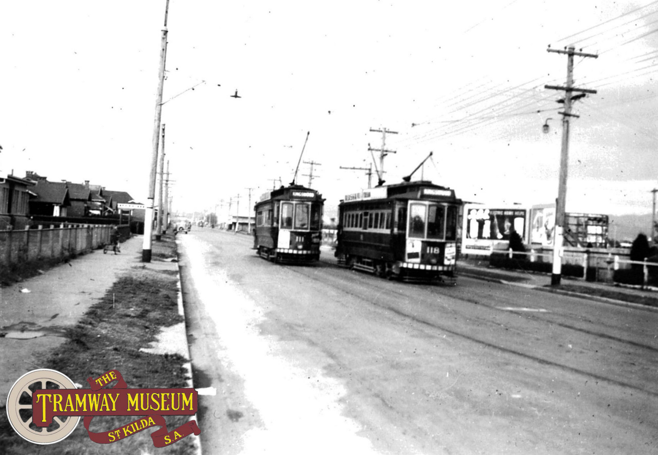 Welland loop in Grange Road on the Findon line sees E1 type trams 111 and 118 passing each other in 1952. Tram 111 bound for the City and eventually Kingswood while 118 is bound for the Findon terminus. Both 111 and 118 are now in active preservation at the Tramway Museum, St Kilda. Photo: Wal Jack.
