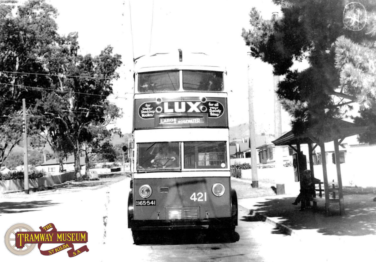 Seen only a few months after the start of permanent trolley bus services to Tusmore, double deck trolley bus 421 is seen at the terminus before commencing a run to the City in 1938. Photo: MTT.