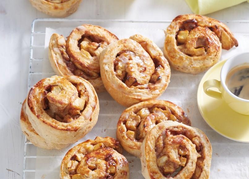 Apple Cinnamon Scrolls -
