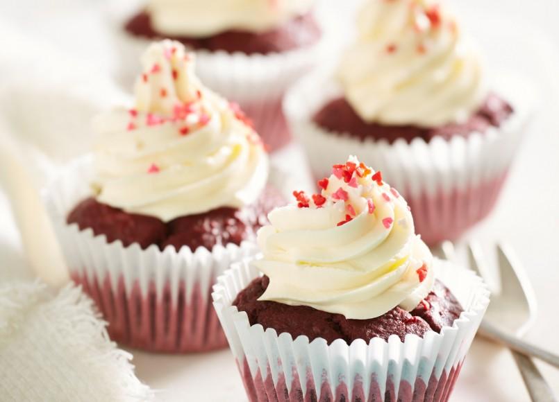 raspberryredvelvetcupcakes.jpg