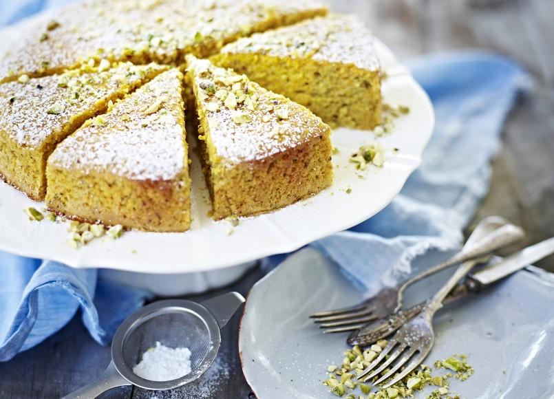 Mandarin, Pistachio & Chickpea Cake -