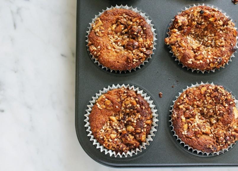 Low FODMAP Caramelised Walnut Crumble Muffins -