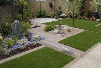Small Garden Landscaping 20.jpg
