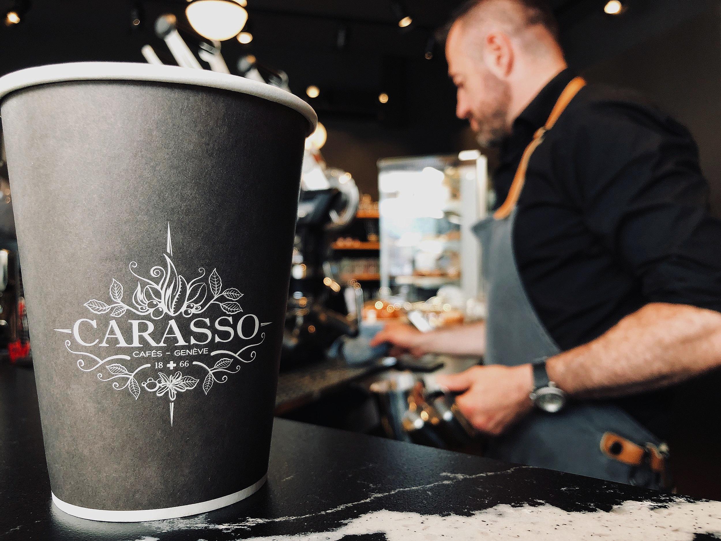 Schnapp dir einen Kaffee beim Barista Carasso in der Stockerstrasse 42 jetzt! - Du bekommst 1x Tasse Kaffee und 2x AURUM Probetrainings GRATIS!Angebot gültig bis 15. Juli 2019 (und solange der Vorrat reicht).
