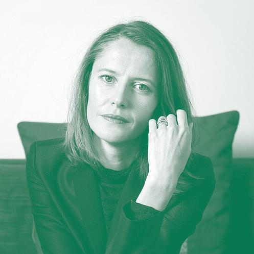 CÉLINE CURIOL Ingénieure diplômée de l'ENSTA ParisTech, romancière