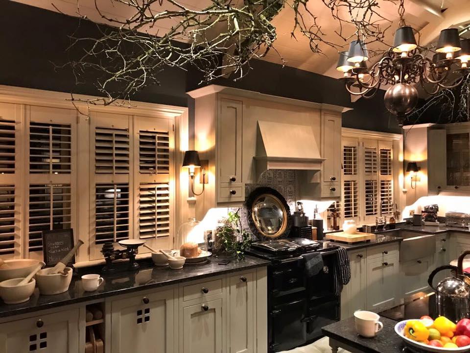 kitchen shutter.jpg