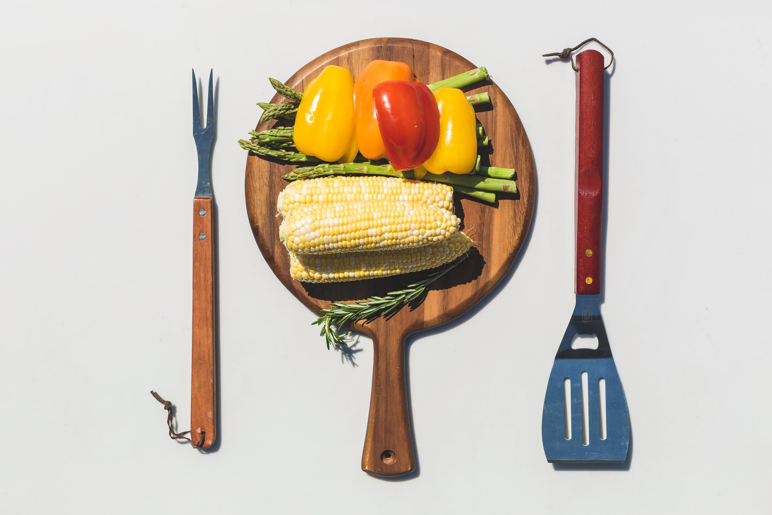 veggies-cutting-board-grill-tools.jpg