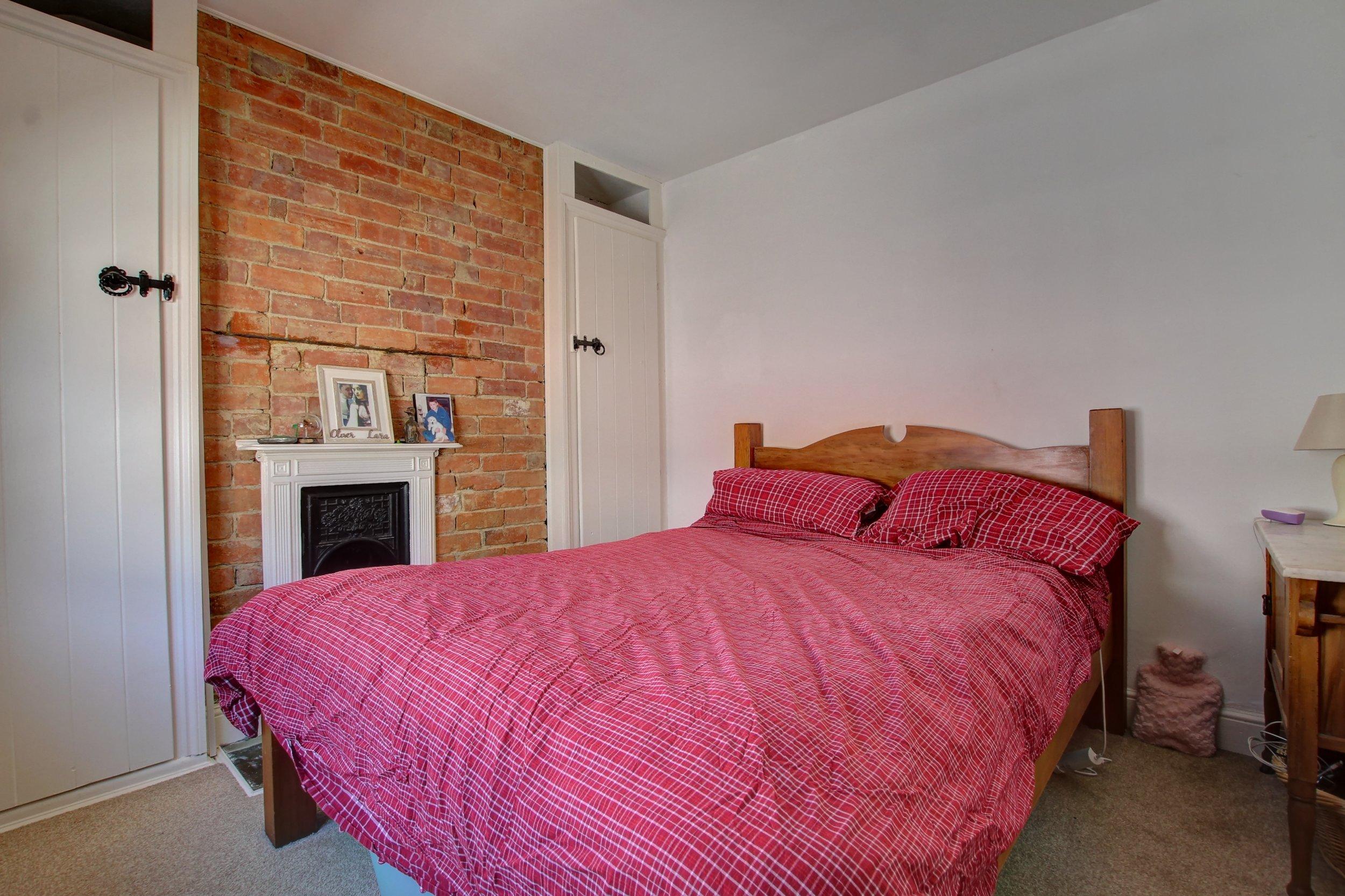 11 bedroom one.jpg