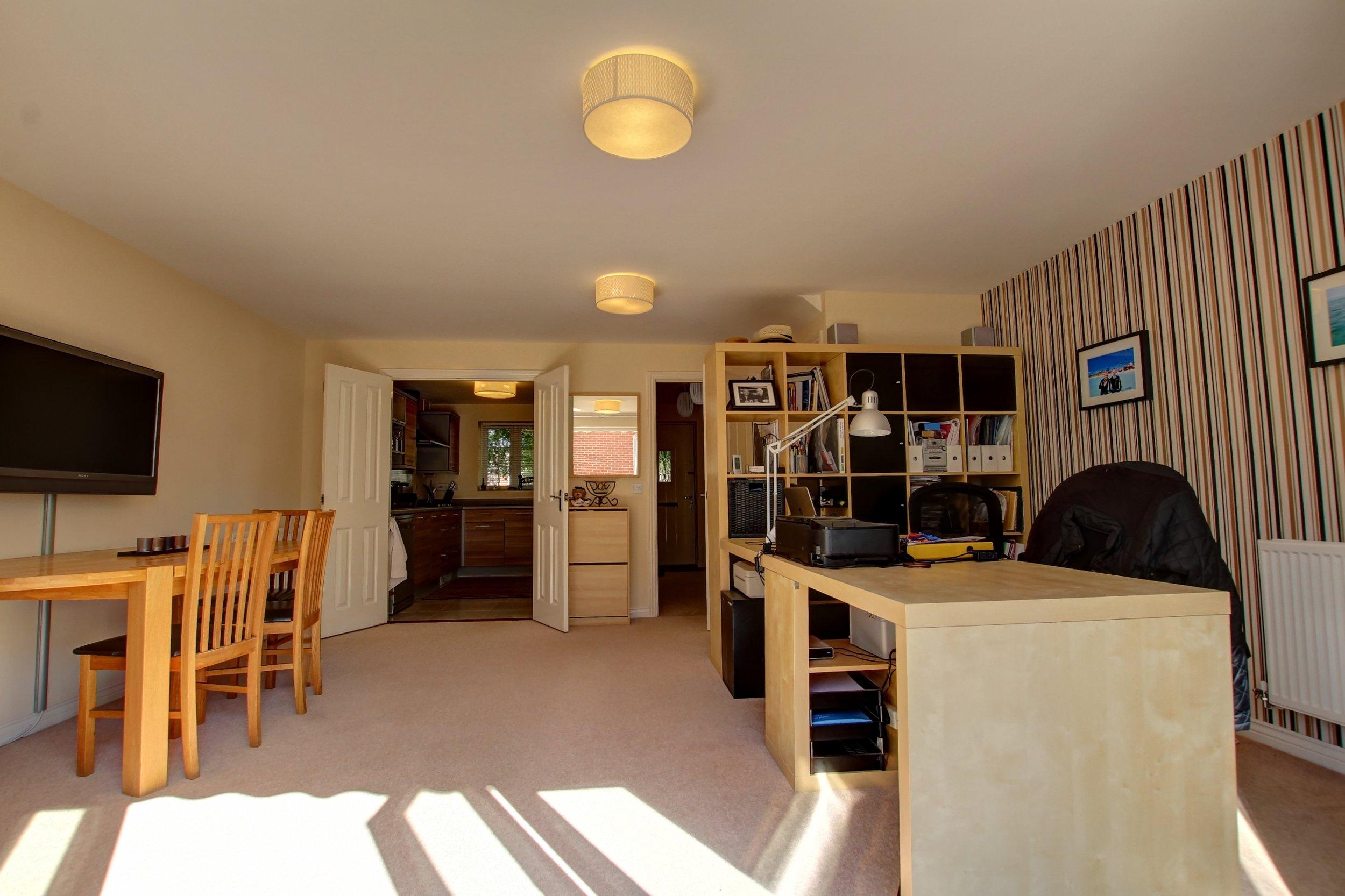 18 family room iii.jpg