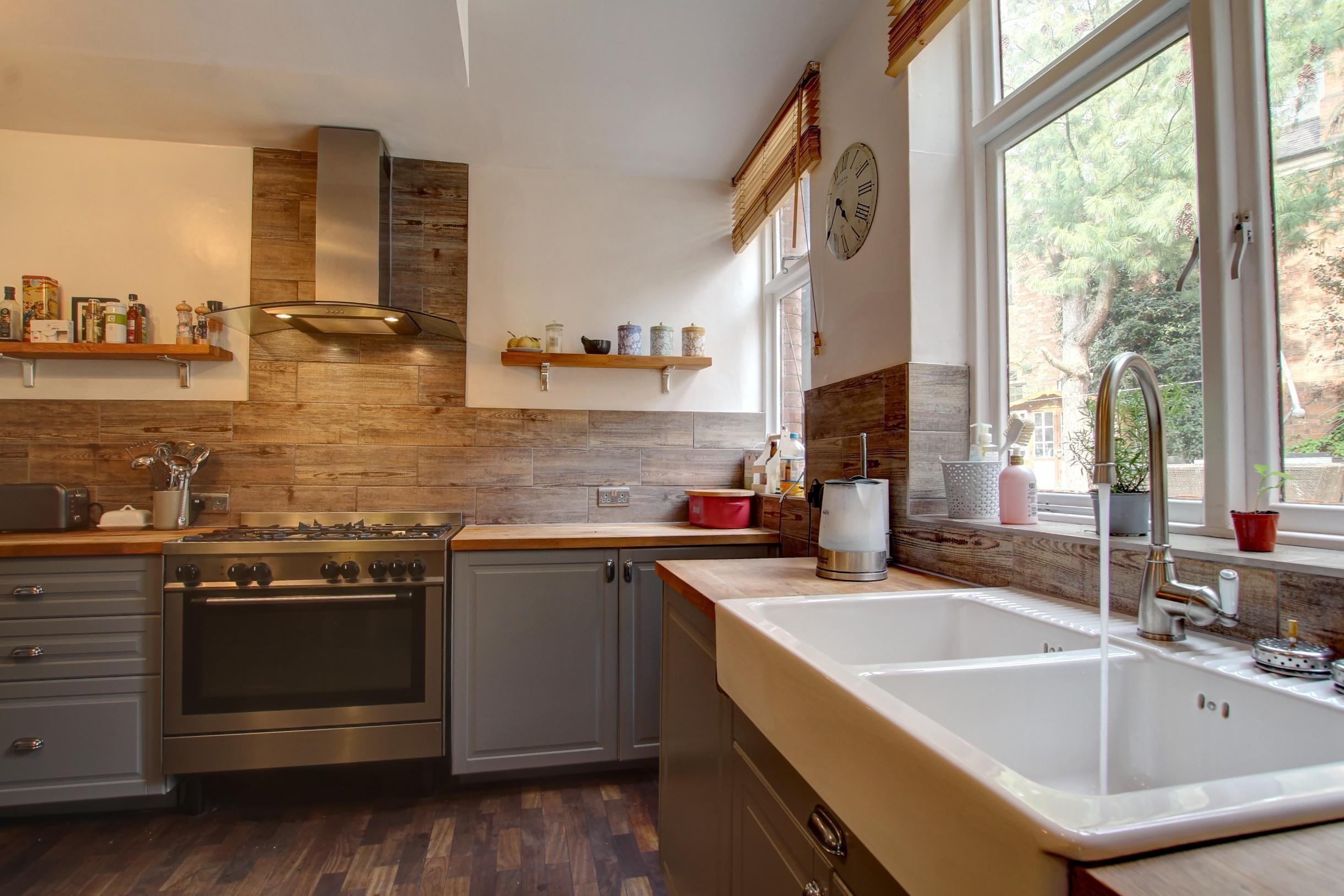 8 kitchen lifestyle.jpg
