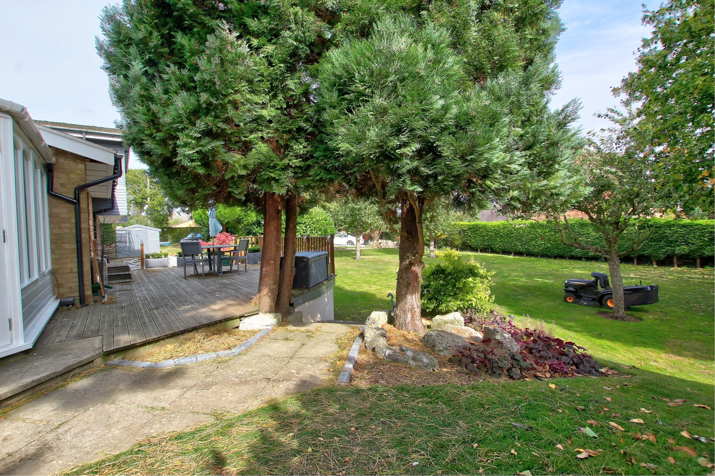 7 garden - corner view.jpg