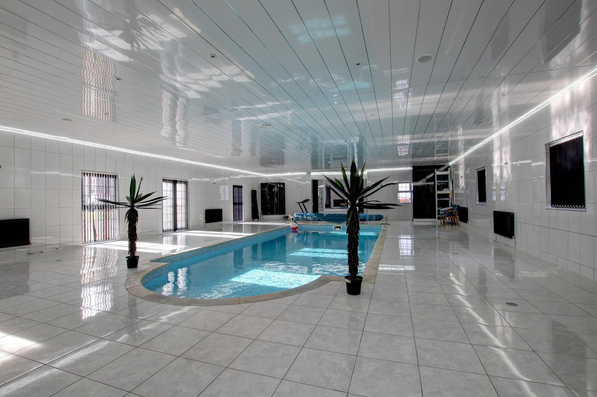 33 pool i.jpg
