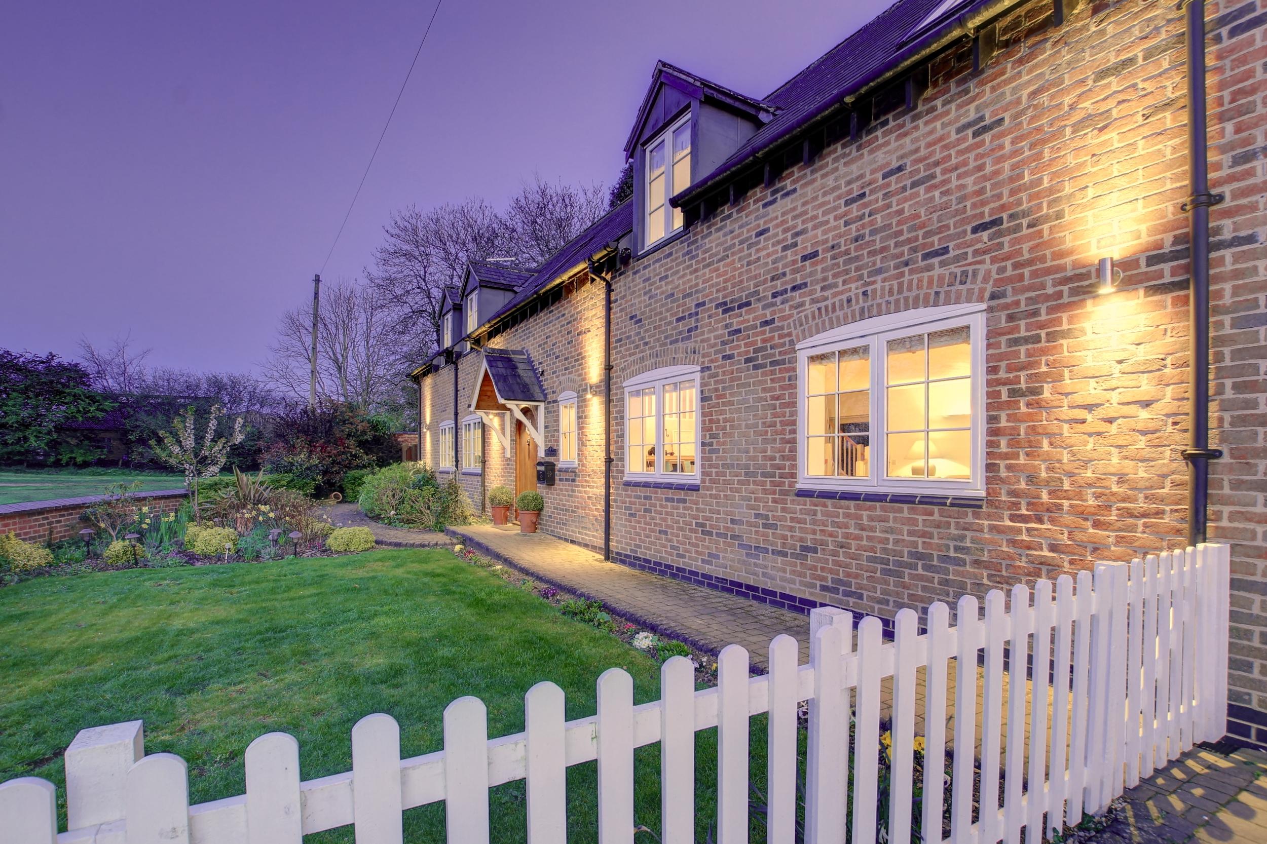 0001 twilight lifestyle front garden.jpg