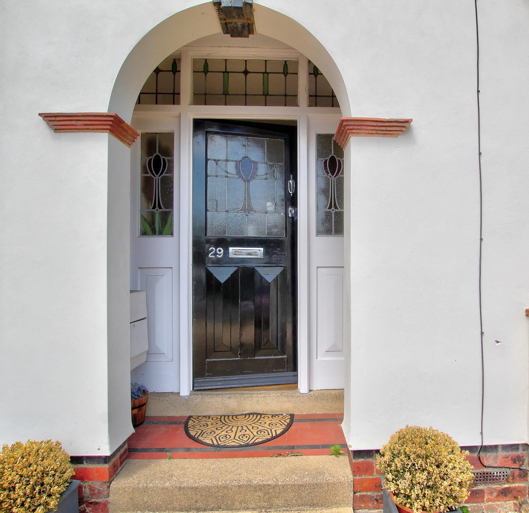 25 front door.jpg