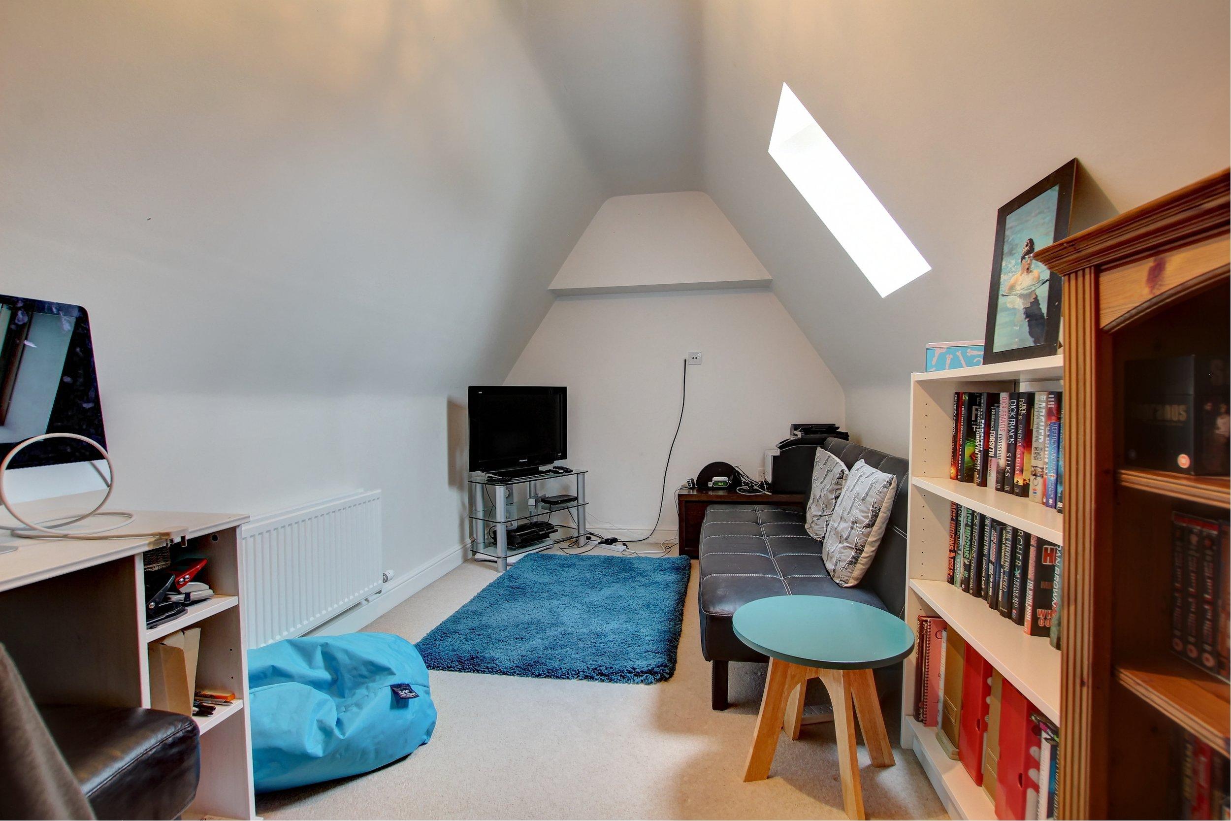 12 bedroom six.jpg
