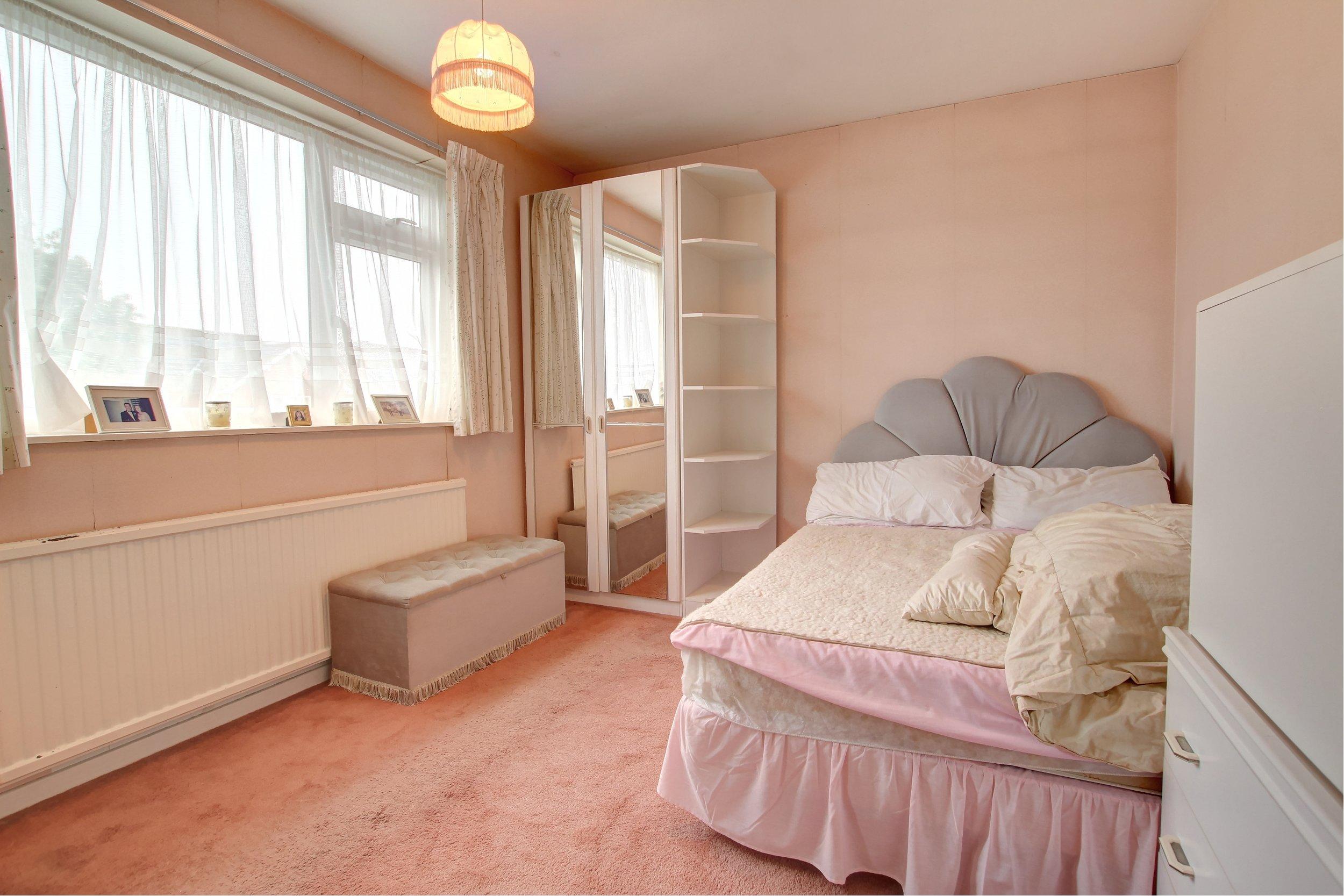 11 bedroom two (1).jpg