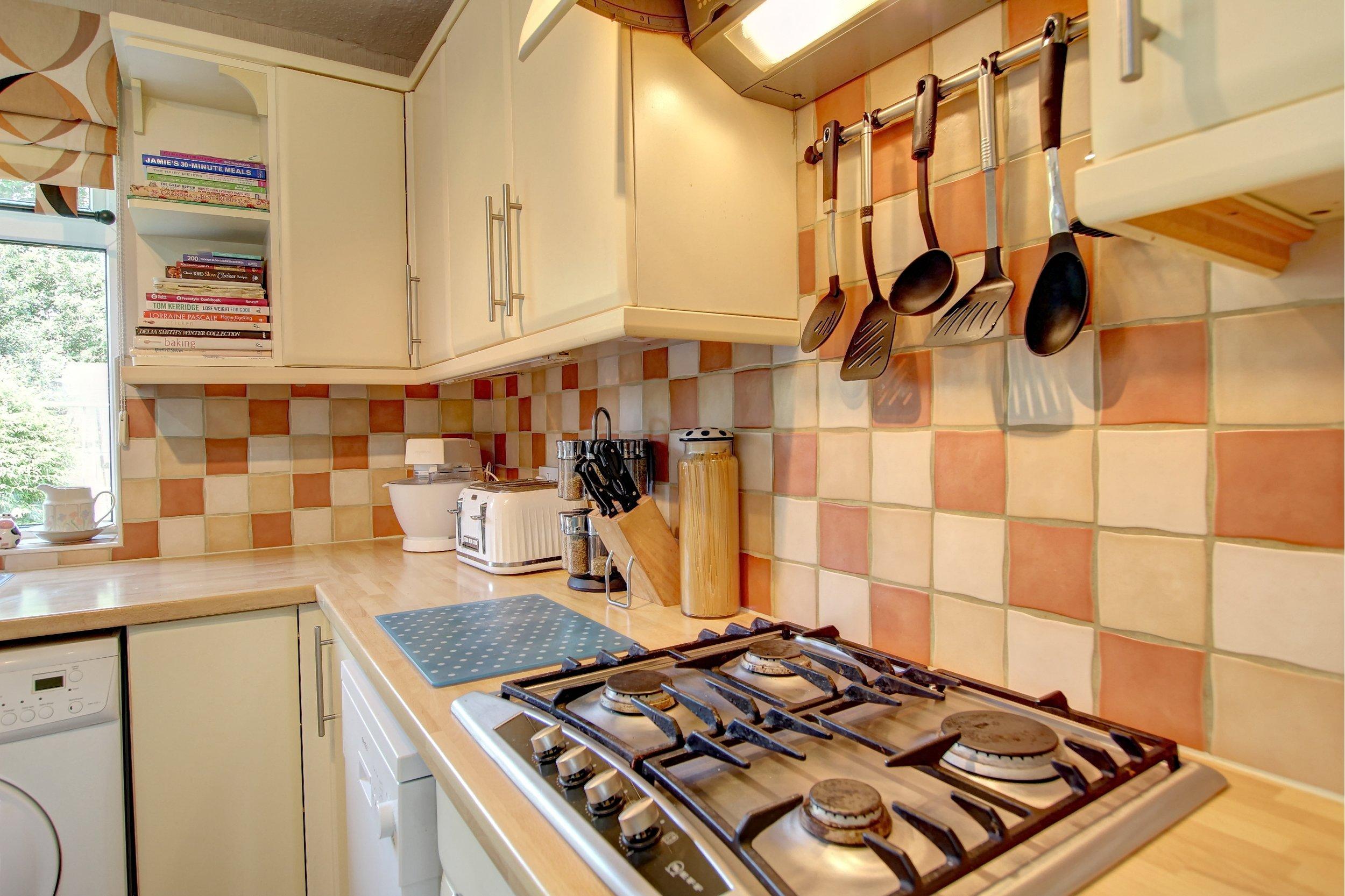 11 kitchen lifestyle.jpg