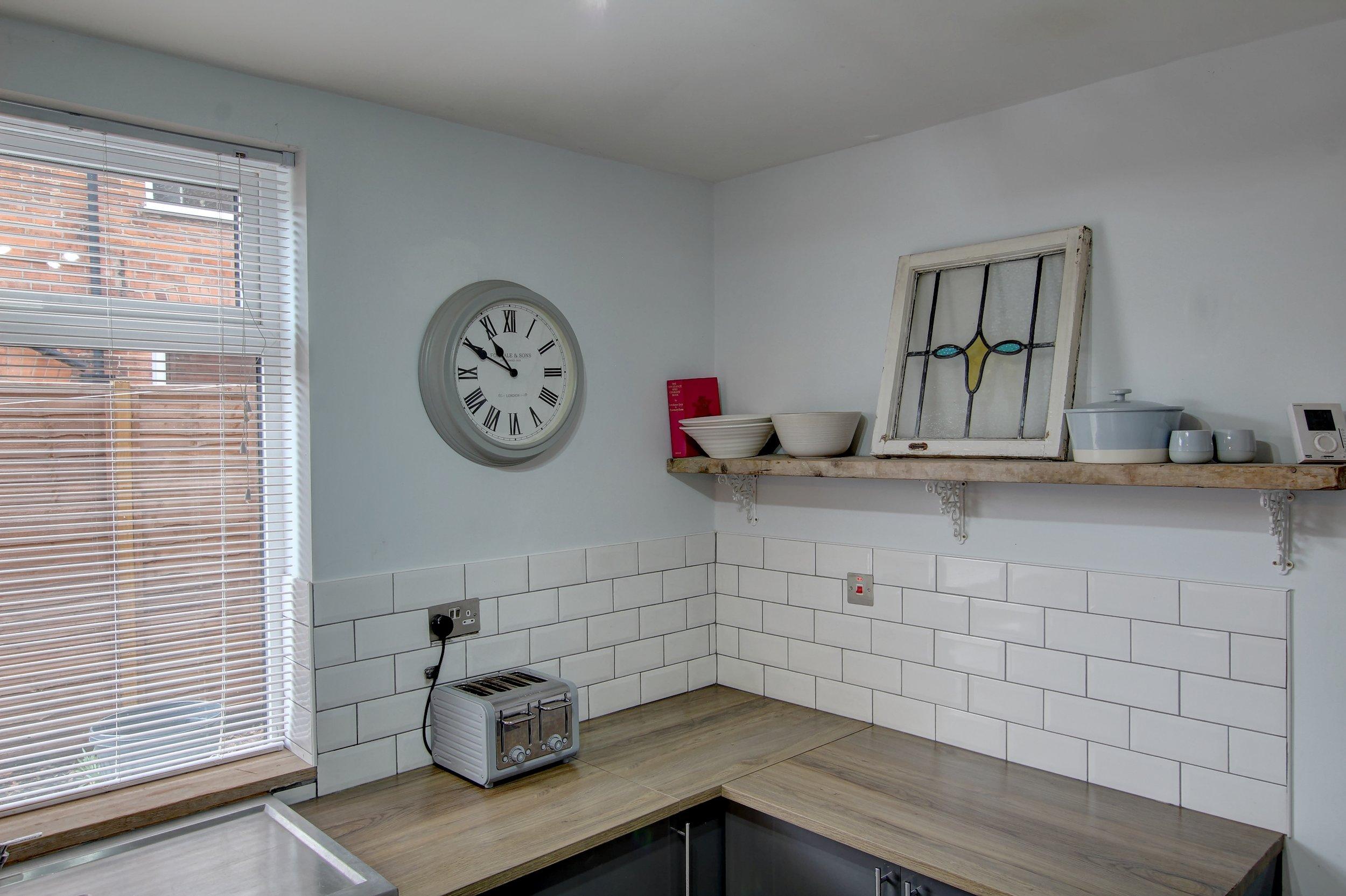 13 kitchen lifestyle.jpg