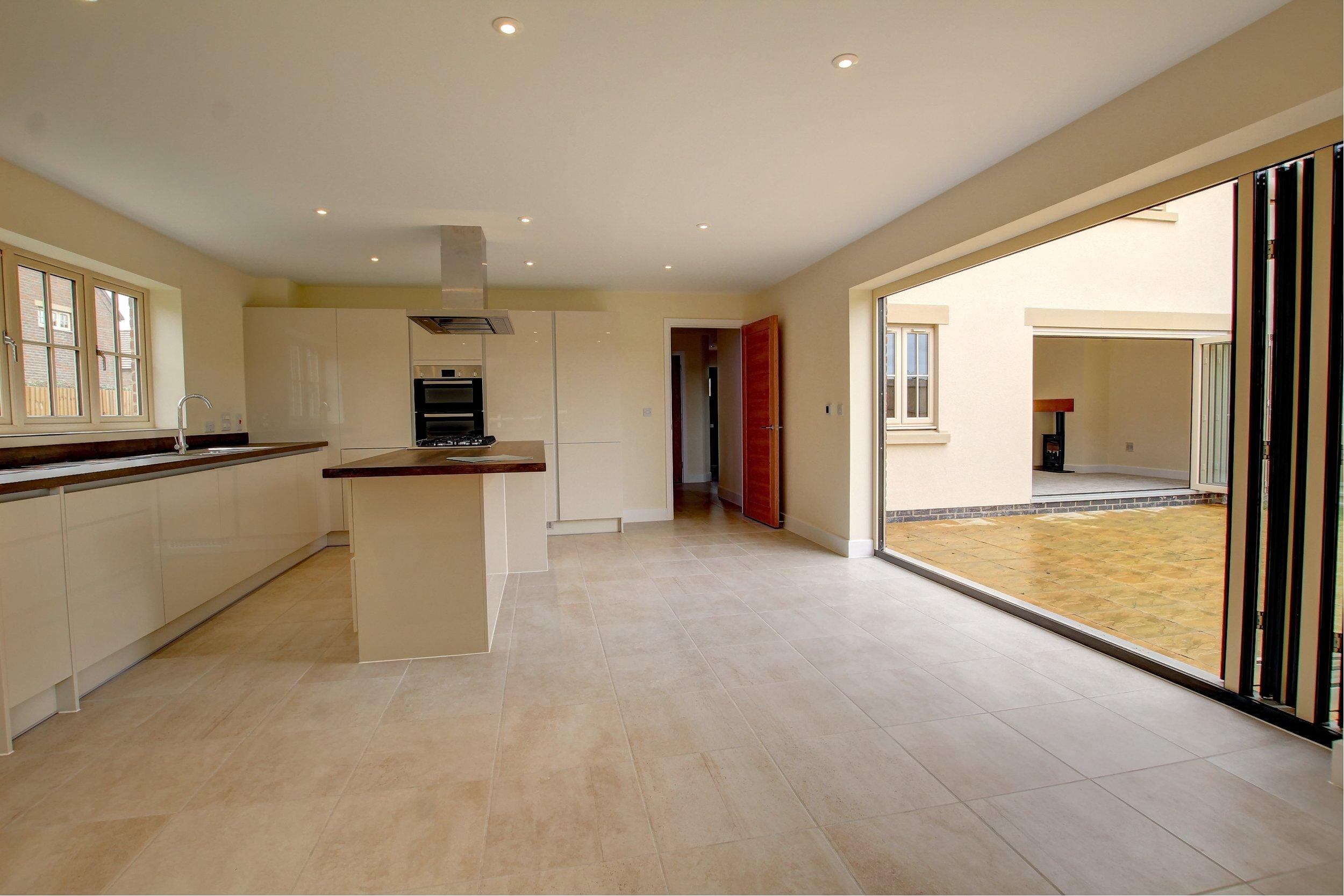 31 kitchen and lounge bi-folds.jpg