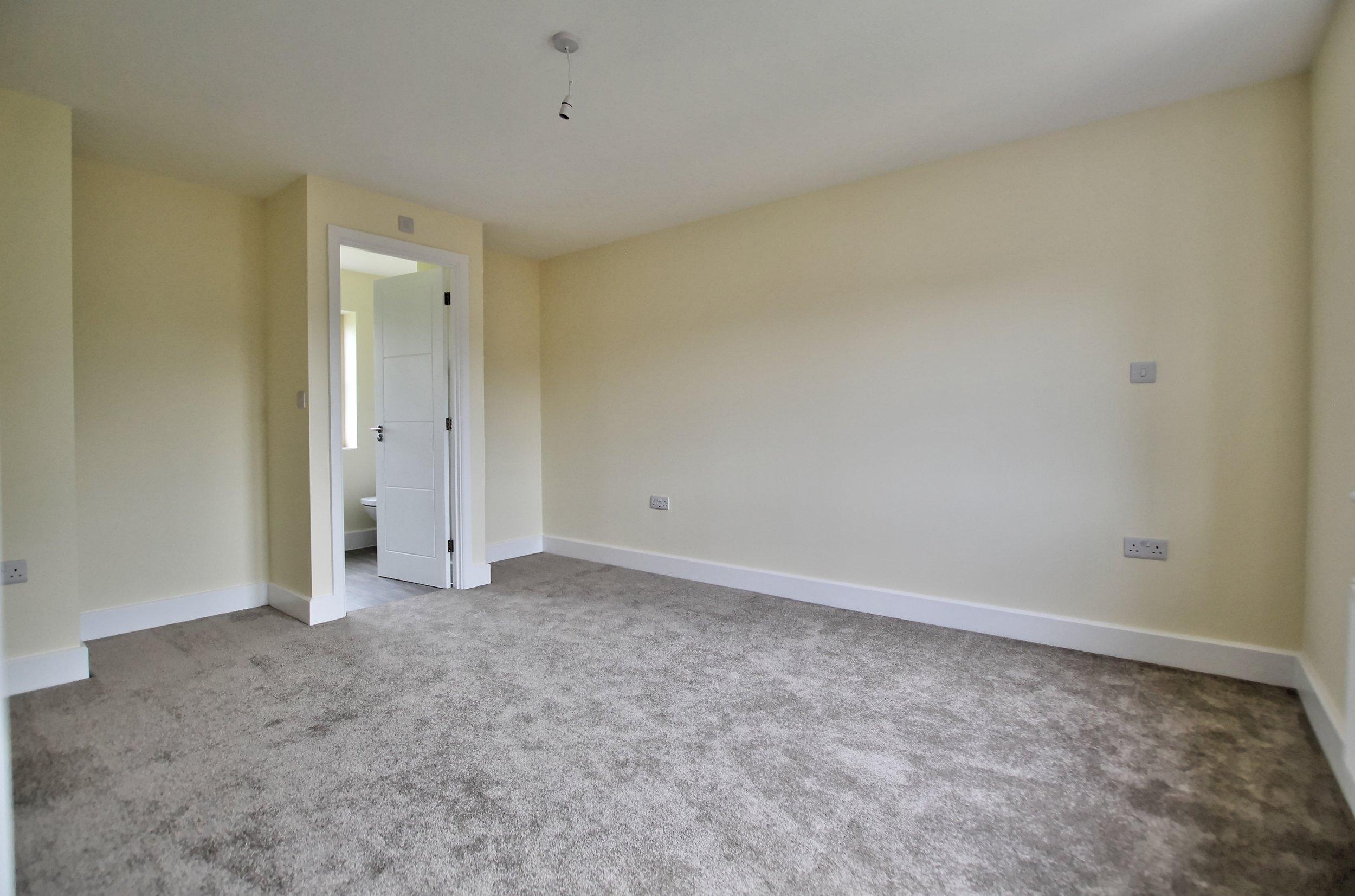 15 master bedroom.jpg
