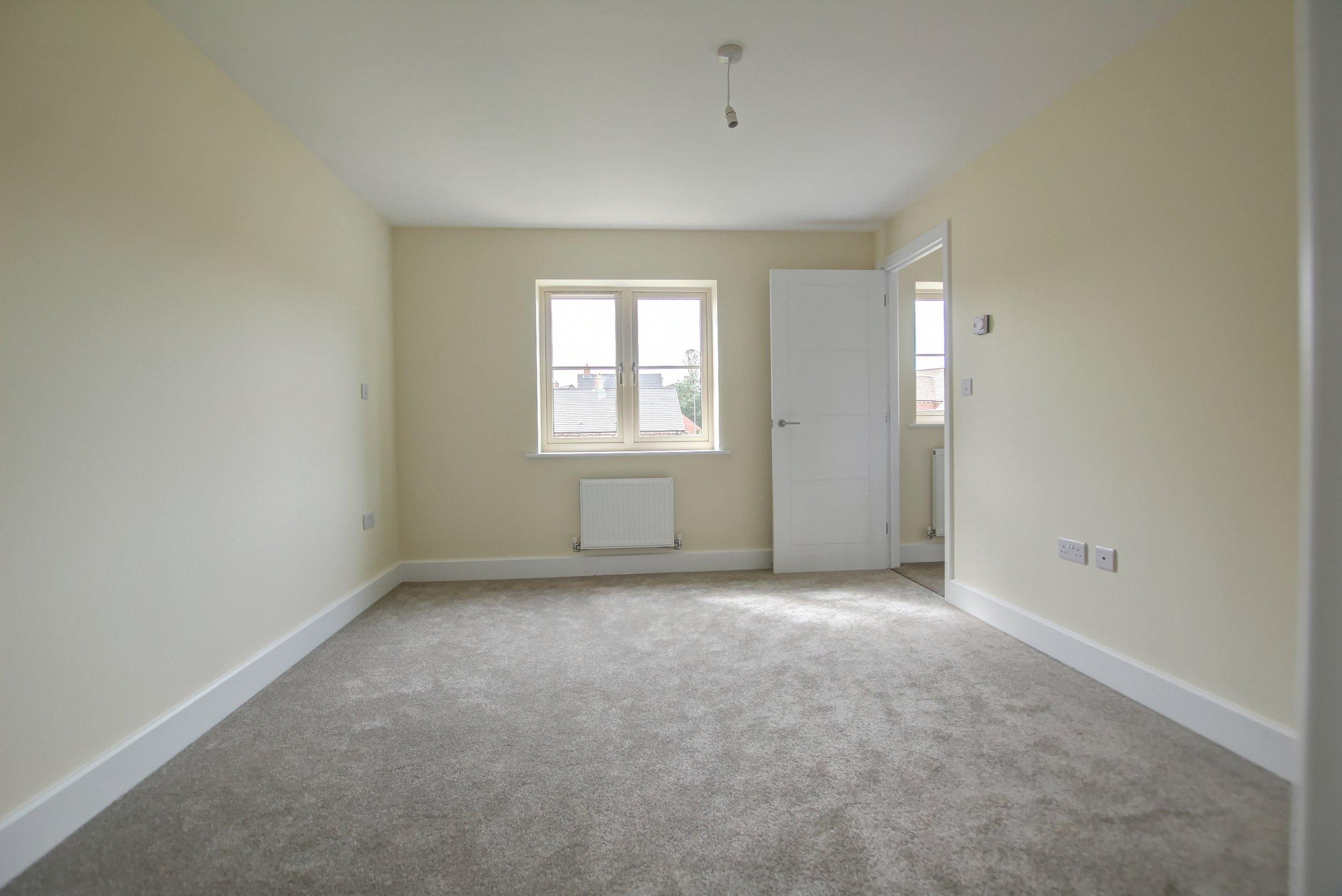 18 bedroom.jpg