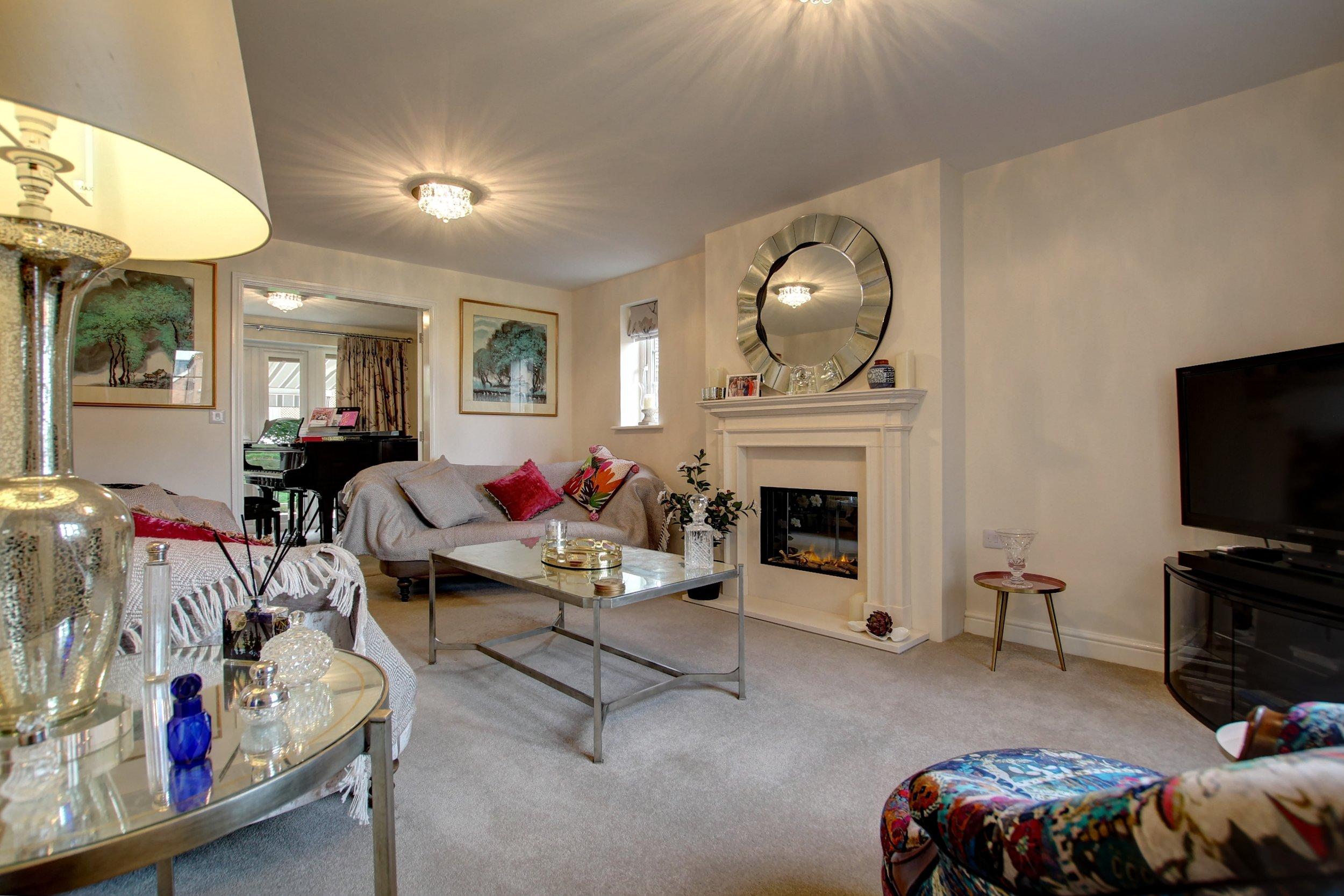 1 sitting room.jpg