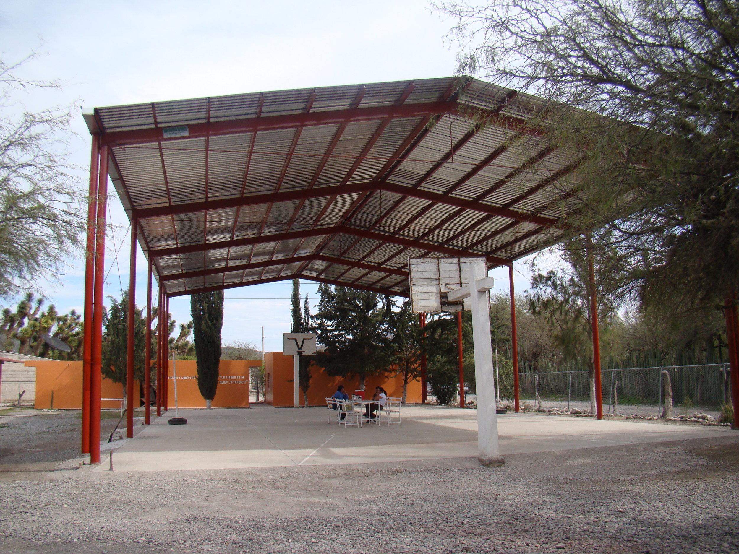 New Roof 2012 (4).JPG