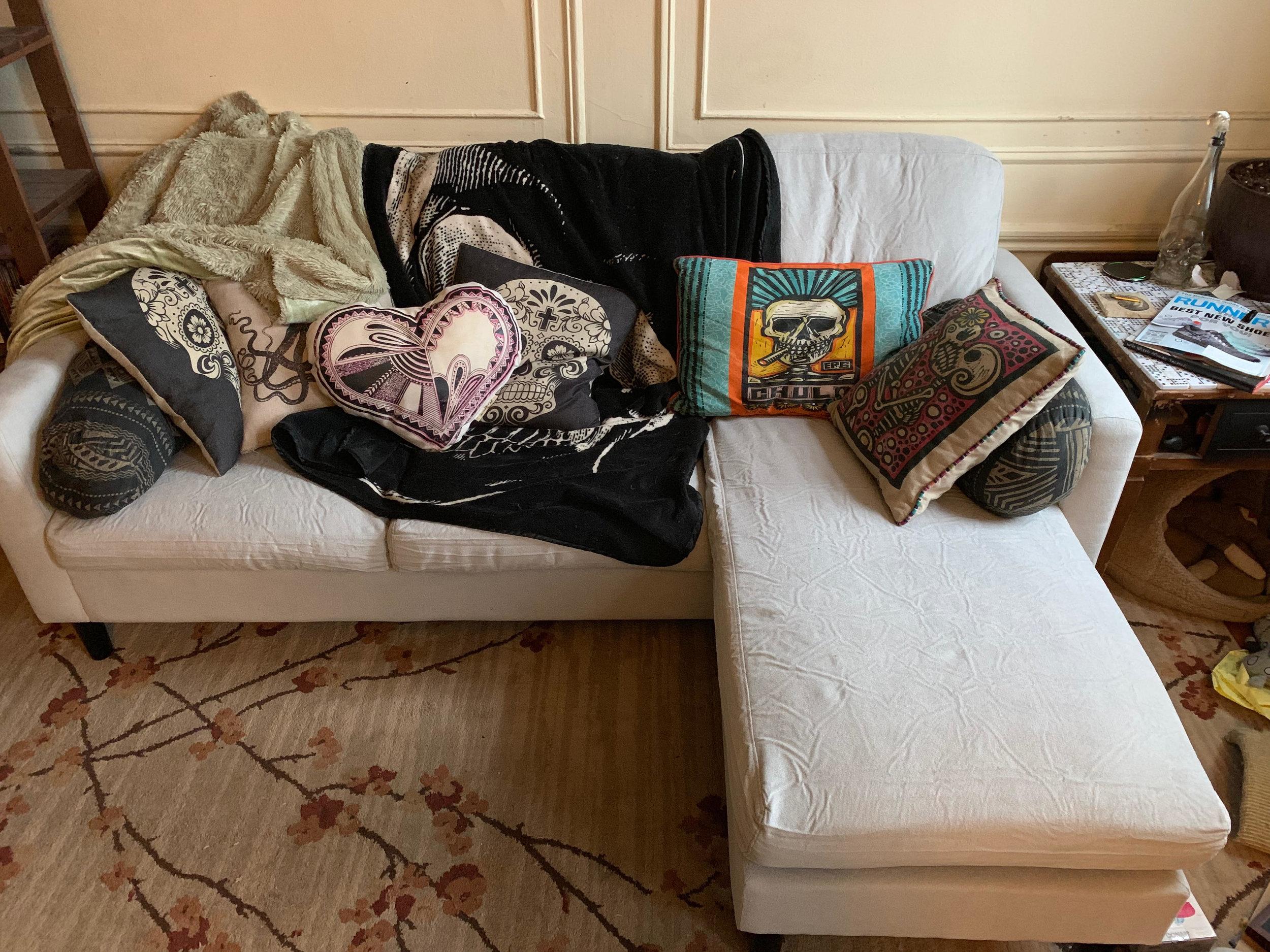 So many throw pillows…