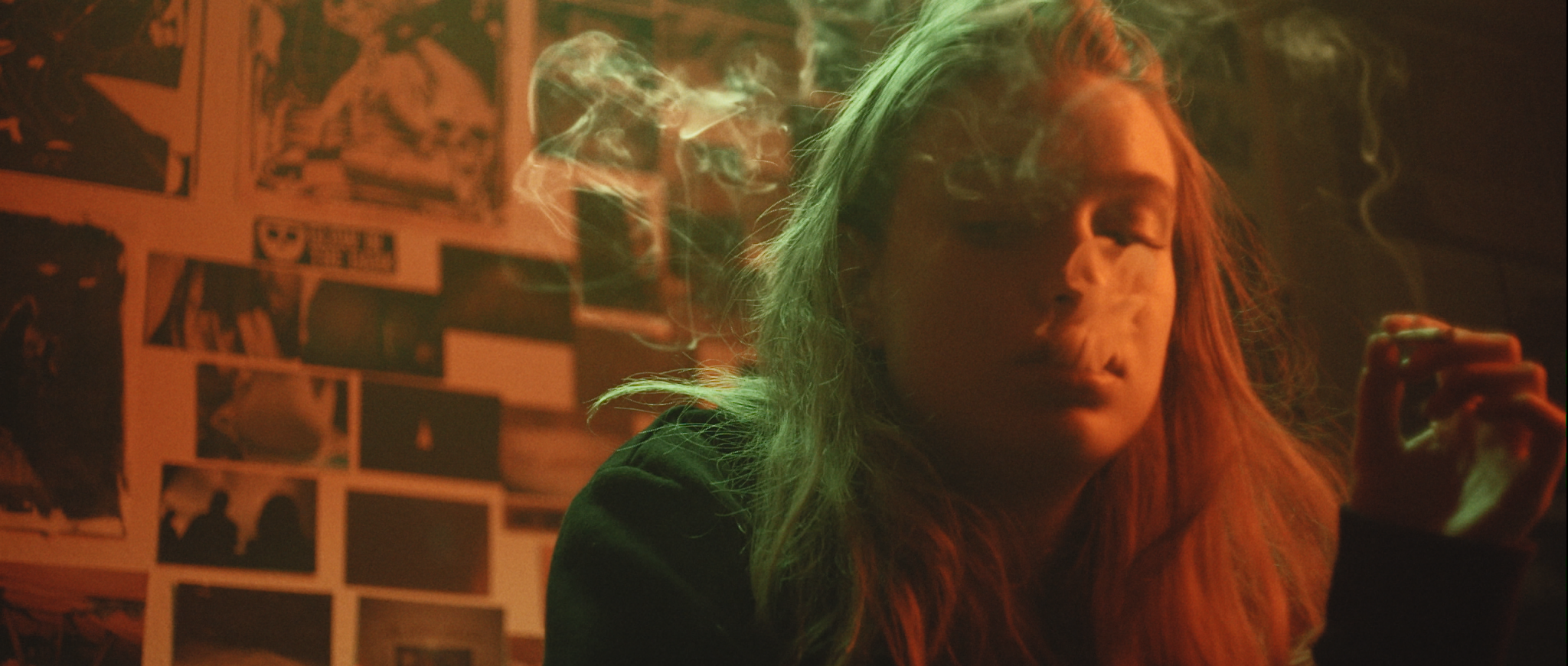 Alma - Smoke 2.png