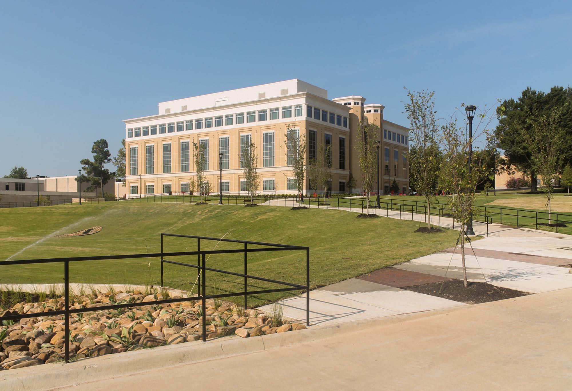 ASU-Humanities-Building-01.jpg
