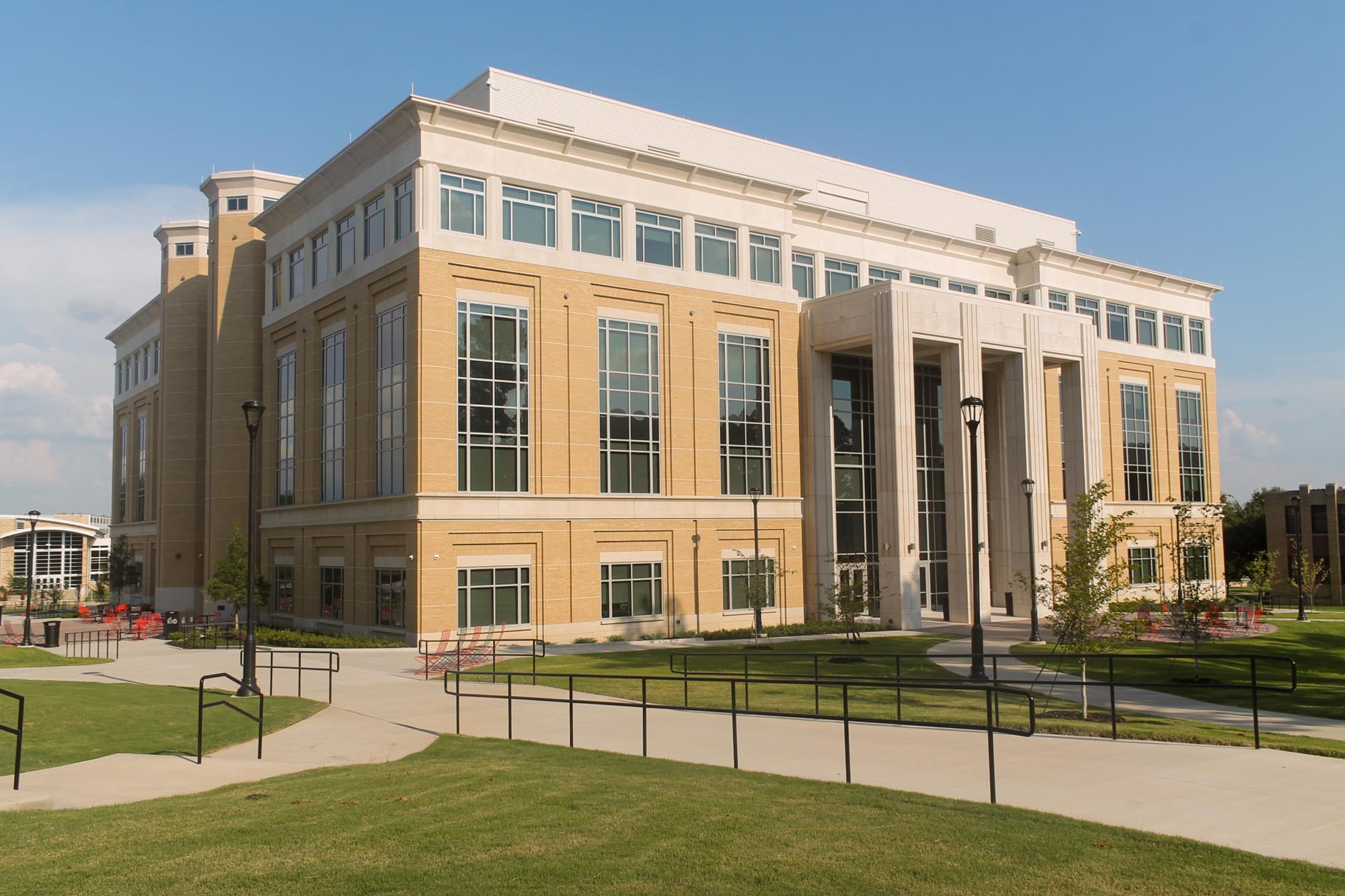 ASU-Humanities-Building-04.jpg