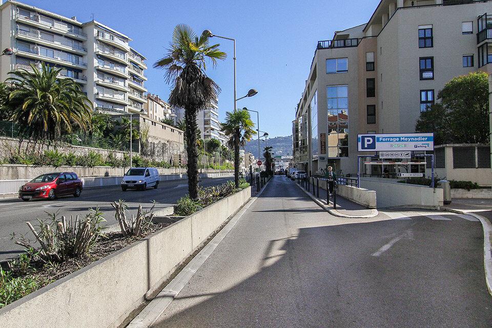 Entrée 1 : boulevard de la Ferrage, Cannes