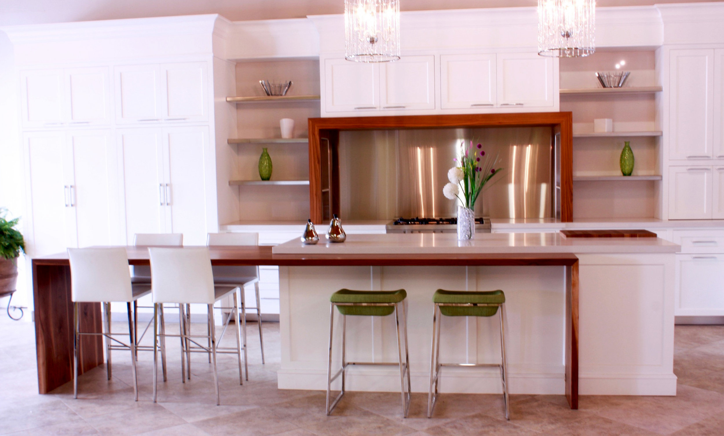 Combining Functionality & Style    Explore Kitchens