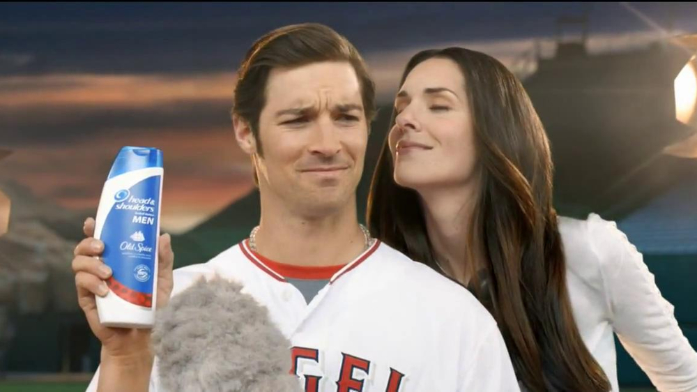 head-and-shoulders-with-old-spice-microphone-feat-cj-wilson-large-6.jpg